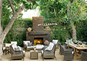 Furnishings complement foliage.